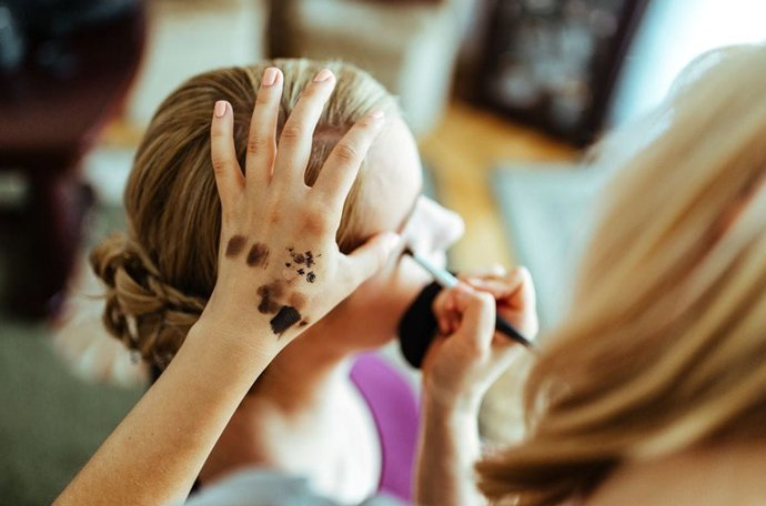 9步骤眼部彩妆技巧 变成大眼睛