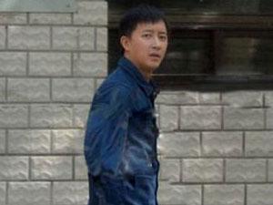 韩庚约会妙龄女子 被偷拍起争执