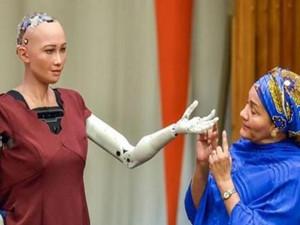 女机器人想要小孩 人类与机器人也可以组建家庭?
