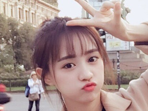 snh48黄婷婷的胸好大 凸点诱人身材火辣令人
