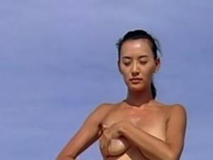 莫小棋大尺度三级片 赤身裸体大露八字奶无比香艳
