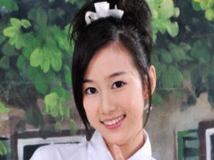 严莉莉的扮演者是谁 刘美含个人资料家庭背