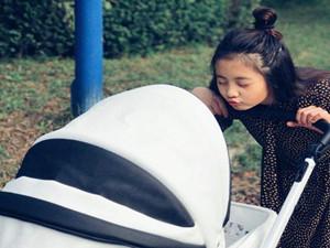黄磊女儿多多织毛线 心灵手巧获点赞且颜值
