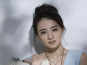 徐璐曾遭受舆论攻击 幼时拍戏受挫不敢与合