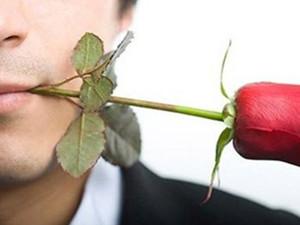 花心男人的表现有哪些 识破这些伎俩能避免被骗财骗色