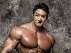 韩国健美黄哲勋用药没 黄哲勋没健身之前照片对比