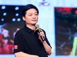 崔永元起诉黄毅清 崔永元在外面真的包养情