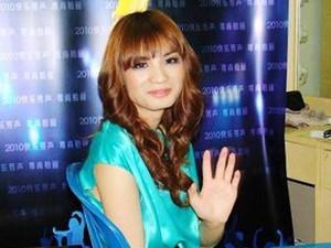刘著近期裙装新照片 刘著有变性了没有