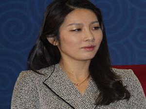 央视主持人李斯璇简历 央视记者一月薪水有