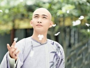 徐志摩评价纳兰容若 为什么说男不读纳兰容