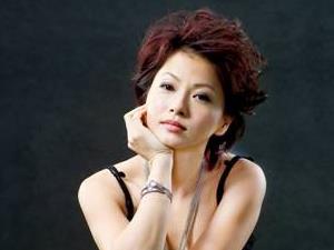 刘玉翠的老公是谁 和张卫健见面泪流满面关