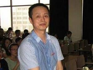 章丽厚到底有几岁 身家不输刘强东为什么愿