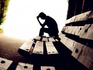 自杀没有痛为什么成禁曲 自杀没有痛翻唱版本阴森恐怖