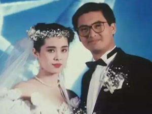 周润发王祖贤早年合影 两人甜蜜相拥到底是什么关系