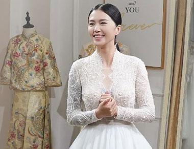 谭维维试婚纱怎么回事 谭维维与男友陈亦飞是怎么认识的