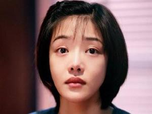 邓家佳和李小璐太像了 两人对比照被揭相似