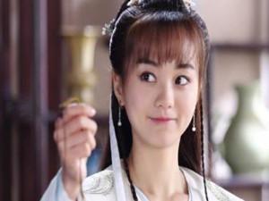 胡意璇和杨蓉相似吗 两人相对比照被揭结果