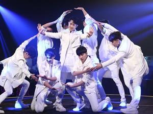x玖少年团要解散了 成员泪洒舞台官方回应了