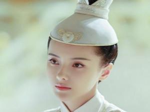张芷溪个人资料图片 张芷溪和吴秀波什么关系合作过吗