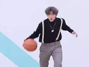 蔡徐坤篮球什么梗 蔡徐坤的打篮球水平高吗