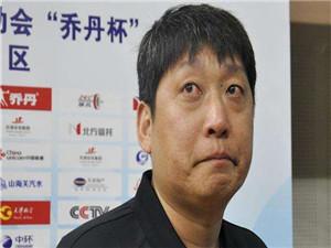 演员岳鹏飞身高多少 演员岳鹏飞个人资料背景被扒他多高