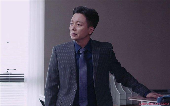 侯长荣刘奕君长得像吗 曝二人对比照片及私下关系怎么样