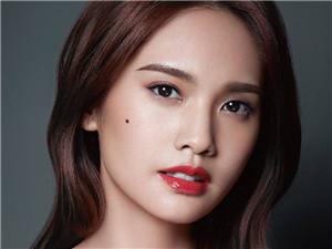 杨丞琳初恋男友是谁 杨丞琳和小鬼为什么分