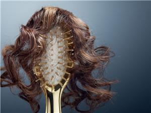 教你如何判断自己是否脱发 并分享判断脱发原因的小方法