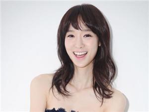韩星韩秀妍在韩国受欢迎吗 韩秀妍在韩是几
