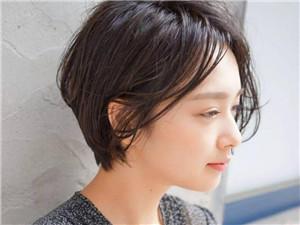 什么发型最显脸小 根据脸型选对发型显脸小还时尚好看