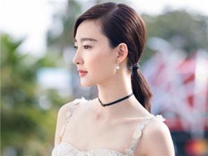 王丽坤是哪一年出生的 王丽坤多少岁她家庭