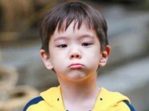 杜宇麒人物关系图 小小年纪人脉竟然这么广长大还得了