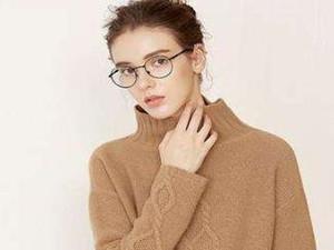 短款毛衣怎么搭配下装图片 分享搭配心得令你轻松上手