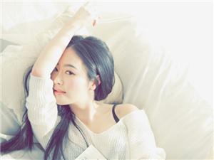 演员张艺萱是几几年出生的 学霸出道背景疑