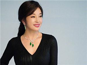 刘晓庆63岁怀宝宝真的吗 她现在的老公是谁