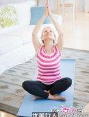 10个瑜伽瘦手臂动作 夏天拥有纤纤玉臂