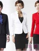 职场白领女性服饰如何搭配