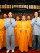 疯狂英语李阳少林寺皈依佛门 师从释永信