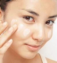 隔离霜可以隔开皮肤和彩妆吗