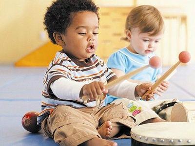 可以给孩子玩筷子之类的东西吗