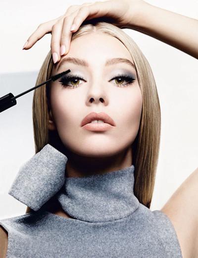 迪奥2015年推出全新眼妆全系列彩妆