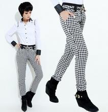 黑白格子裤子怎么搭配