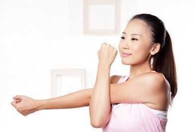 女生瘦手臂的最快方法是什么
