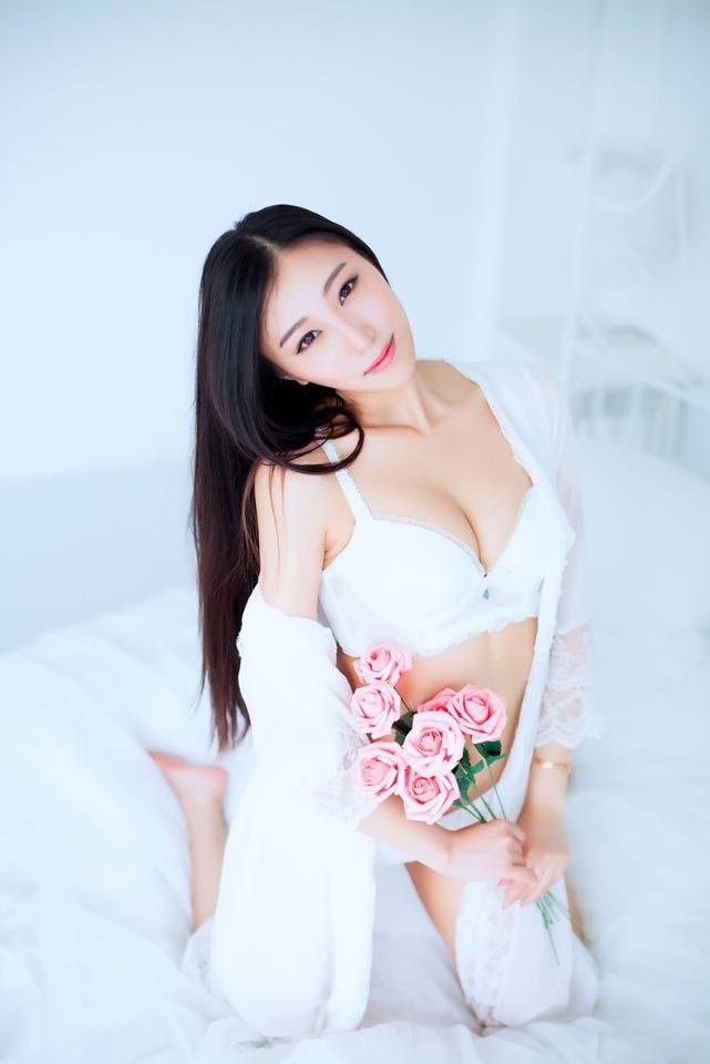 上戏校花乐虎娱乐官网邱佳妮性感写真图片