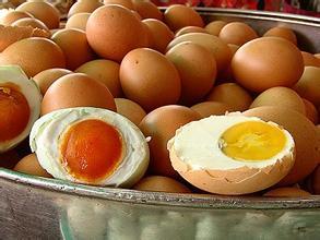 咸鸡蛋的腌制方法