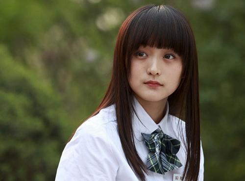 何泓姗男朋友是谁 何泓姗个人资料图片