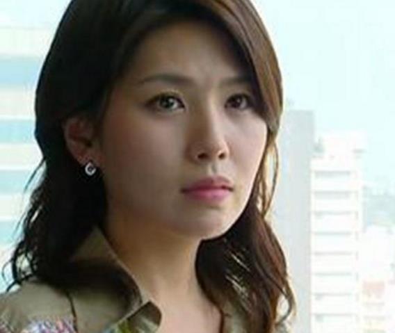 韩国娱乐圈再曝丑闻 女星醉酒后遭同事性侵