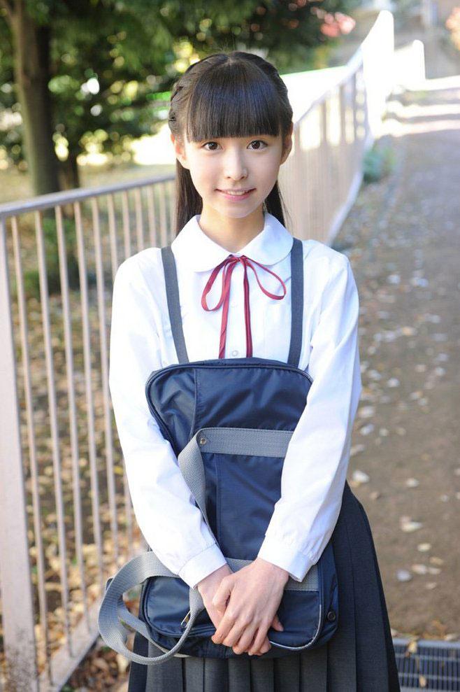 美女校花日系学生装写真图片
