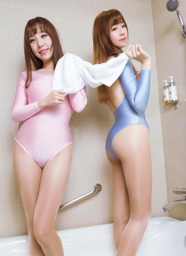 性感姐妹花日系芭蕾写真图片