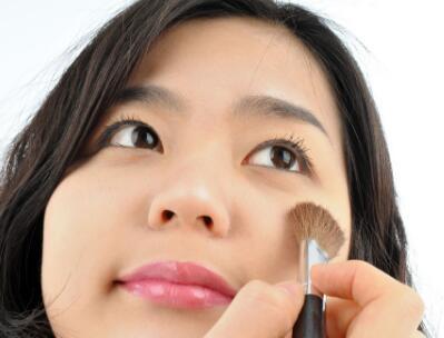25岁之前用什么化妆品好,你会选择好的牌子